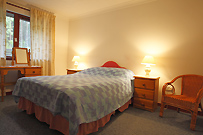 Double bed room in Willow